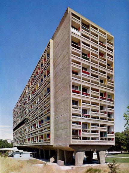 Modernism Vs Postmodernism Architecture Essay