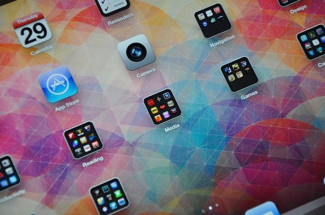 iPad 3 Retina Wallpaper (Part 2) - excites - the Portfolio of Simon C. Page