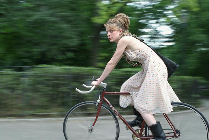 Ljepotice i bicikli - Page 12 0059_CAROLINE_A_p