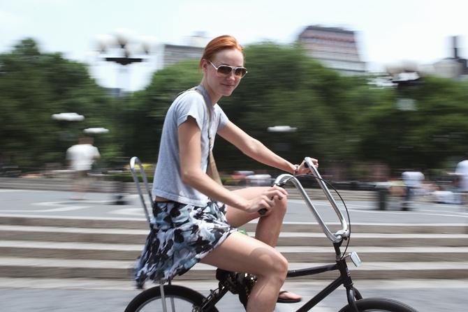 Chicas en bicicletas