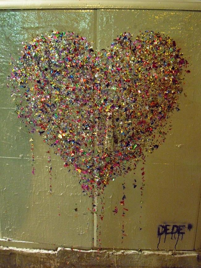 bling art  Dede, Bling Is Where The Heart Is, Tel Aviv - unurth   street art
