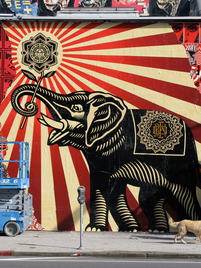 shepard fairey melrose ave los angeles unurth street art. Black Bedroom Furniture Sets. Home Design Ideas