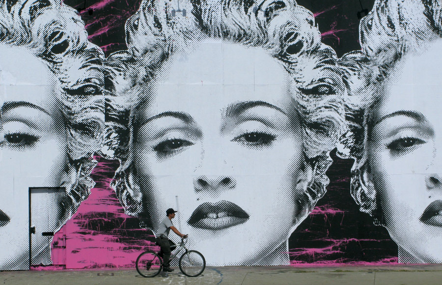 Mr brainwash madonna mural los angeles unurth for Mural mr brainwash