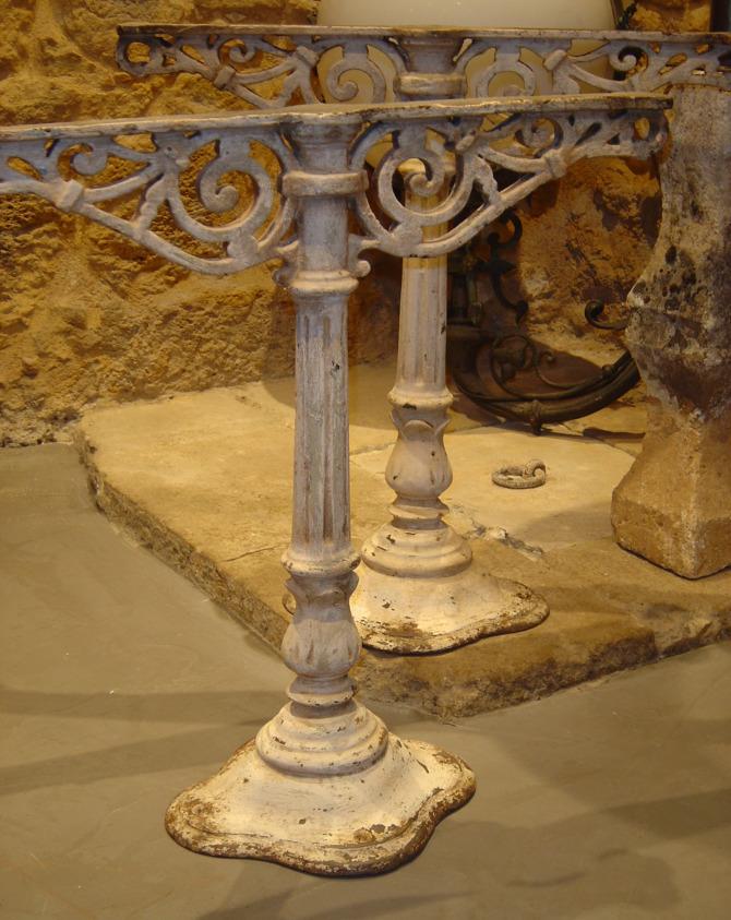 tables consoles gueridons artemis eymet. Black Bedroom Furniture Sets. Home Design Ideas