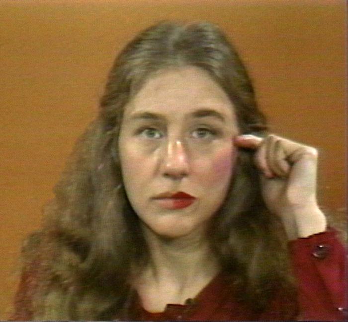 external image Museo-Magazine-Martha-Rosler-Martha-Rosler-Reads-Vogue-1982-b_800.jpg