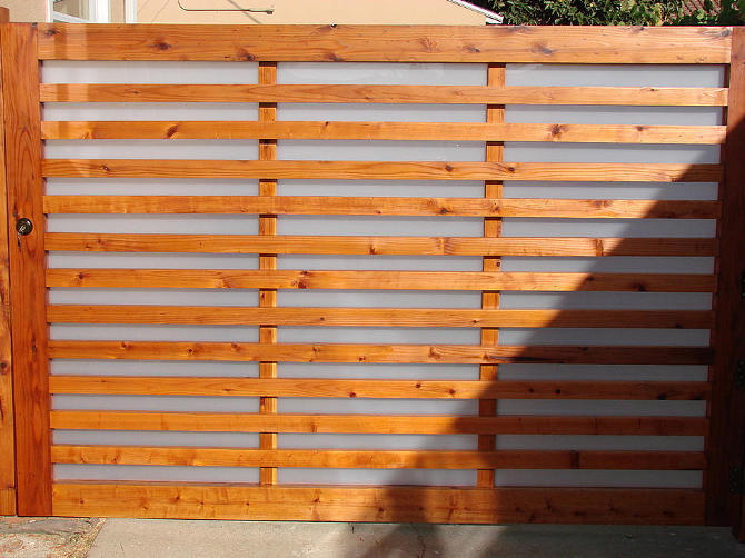 //GATES FOR ENTRY & DRIVE// - Plexiglass Fence, Modern