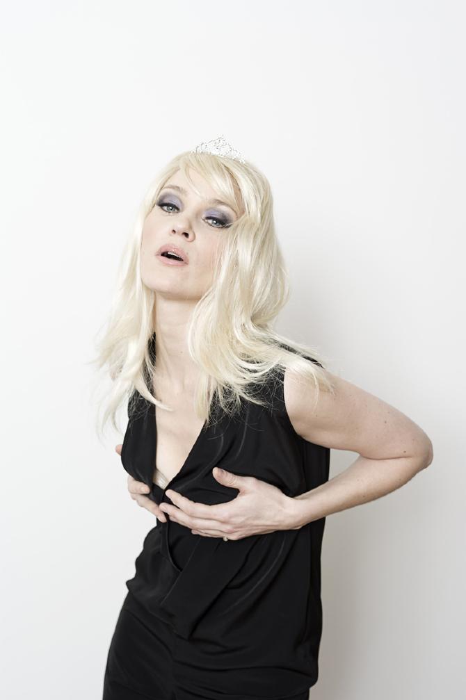Jeanette Hain - www.acaciodasilva.com