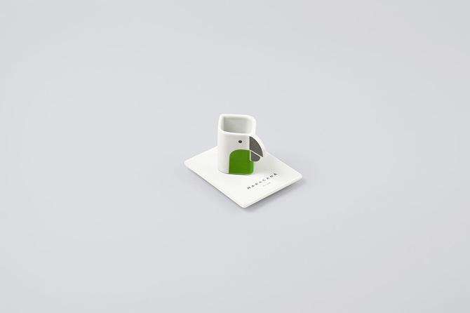 Riciclo: designer inglese trasforma i chewing gum in tazze e