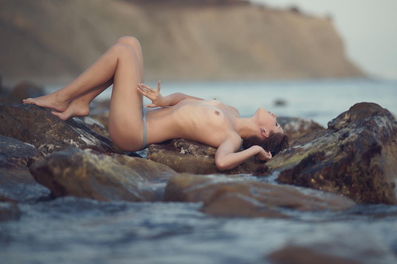 Nude art pix