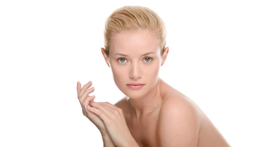 Clarisonic Beauty Campaign Gabriella Toth