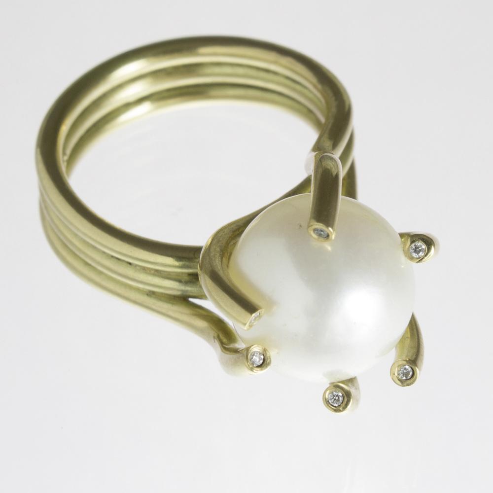 Ring Gold 750 Mit Perle Und Brillanten Tw If Edelgard Jung