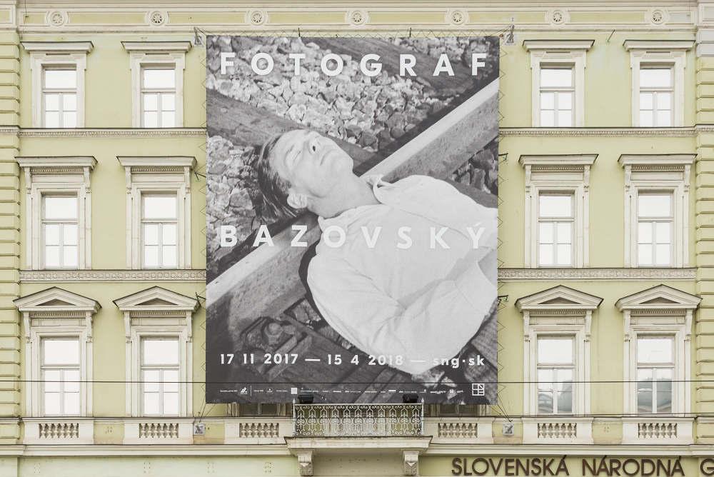 Plagát k výstave Fotograf Bazovský, 2017
