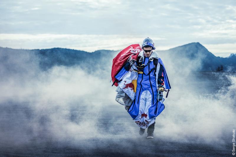 Red Bull Skydive >> Red Bull Skydive Team In Bromo Volcano Shakuto