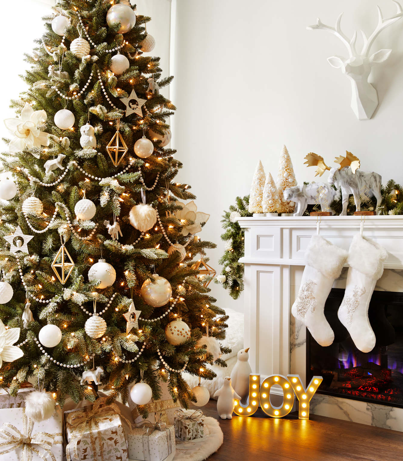 Canadian tire Wow guide - holiday ornaments - James Tse Photography