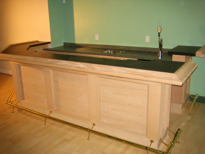 Laminate Bar Countertops : Full Service Oak Wet Bar Veneer Counter Tops and Draft Beer System