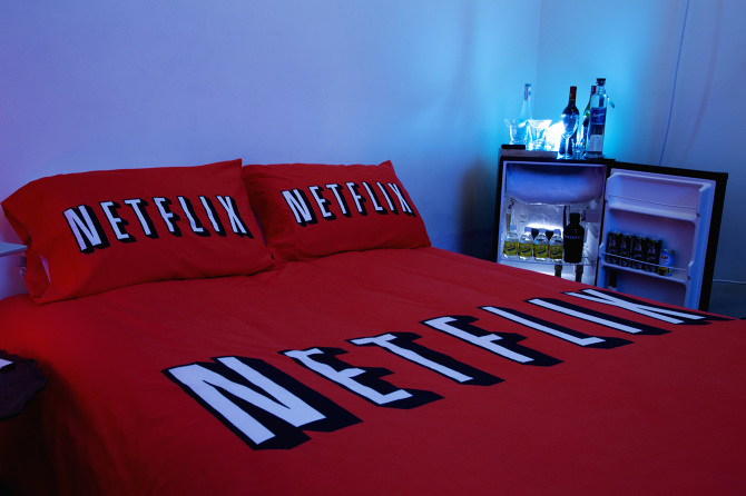 Netflix & Chill Airbnb Room - Tom Galle