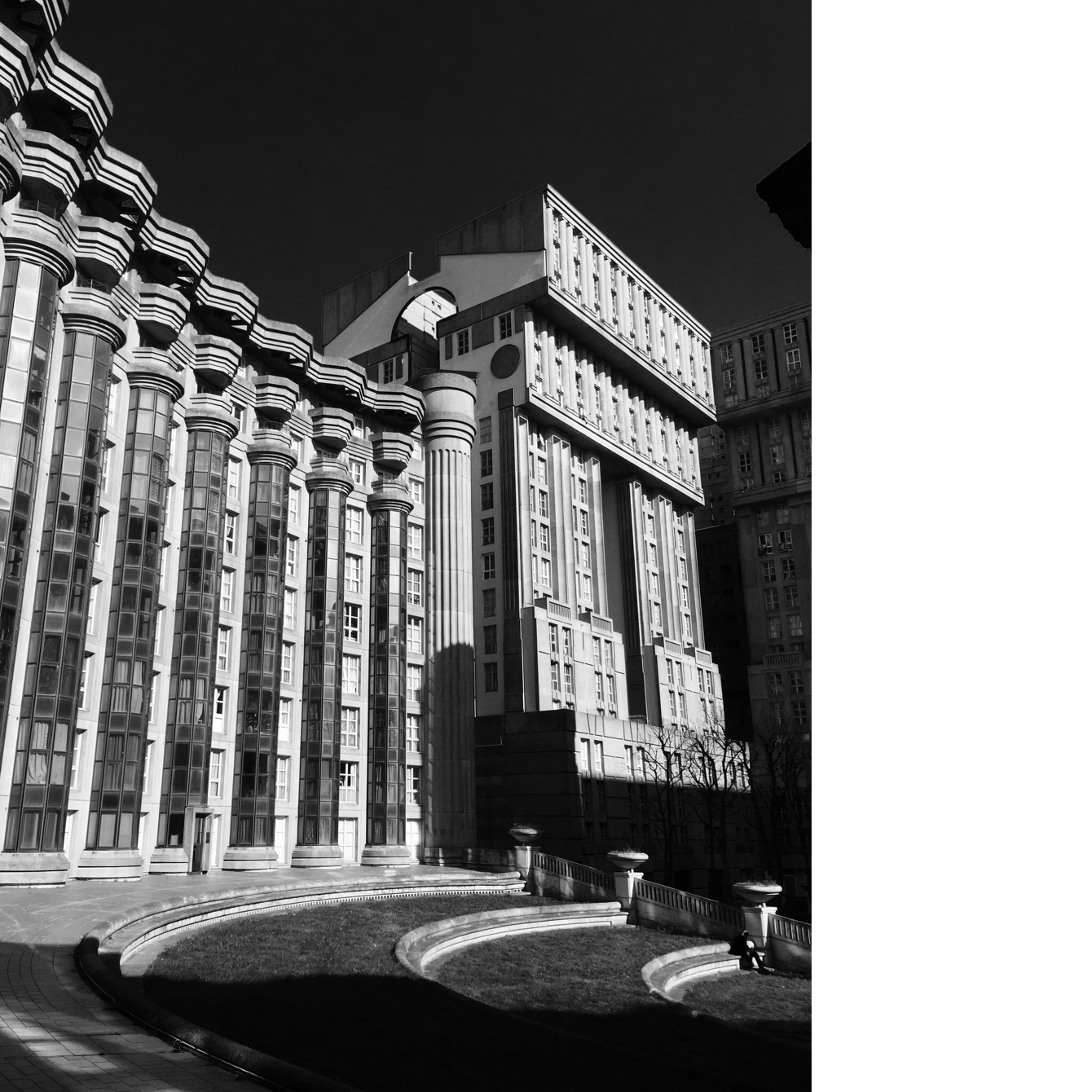 Noisy Le Grand Architecture bofill: grands ensembles de paris - justyna kuska