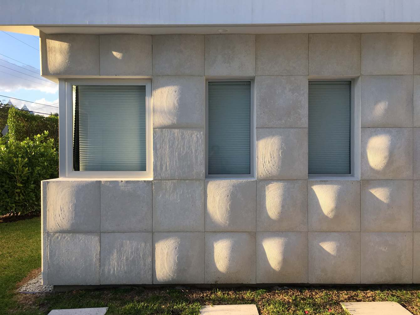 Exotic Concrete House Gelpi Projects