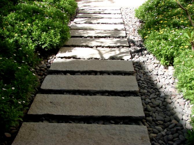 Piedra ana ashida jardines for Jardines con madera y piedra
