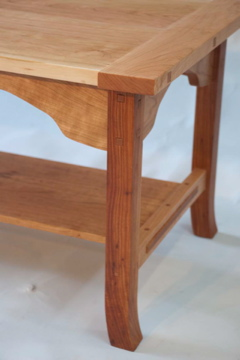 arts and crafts cherry coffee table - daniel mayo fine woodworking