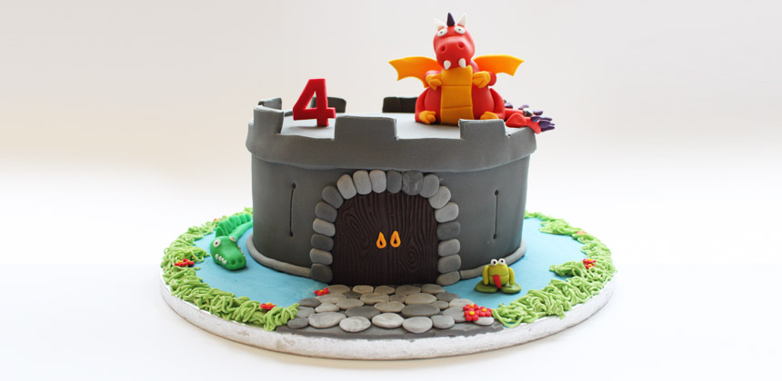 Swell Castle Birthday Cake Jake Loves To Bake Beautiful Bespoke Cakes Funny Birthday Cards Online Elaedamsfinfo