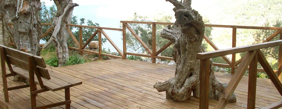 Trabajos con madera paisajismo arteche jardiner a for Trabajo de mantenimiento de jardines