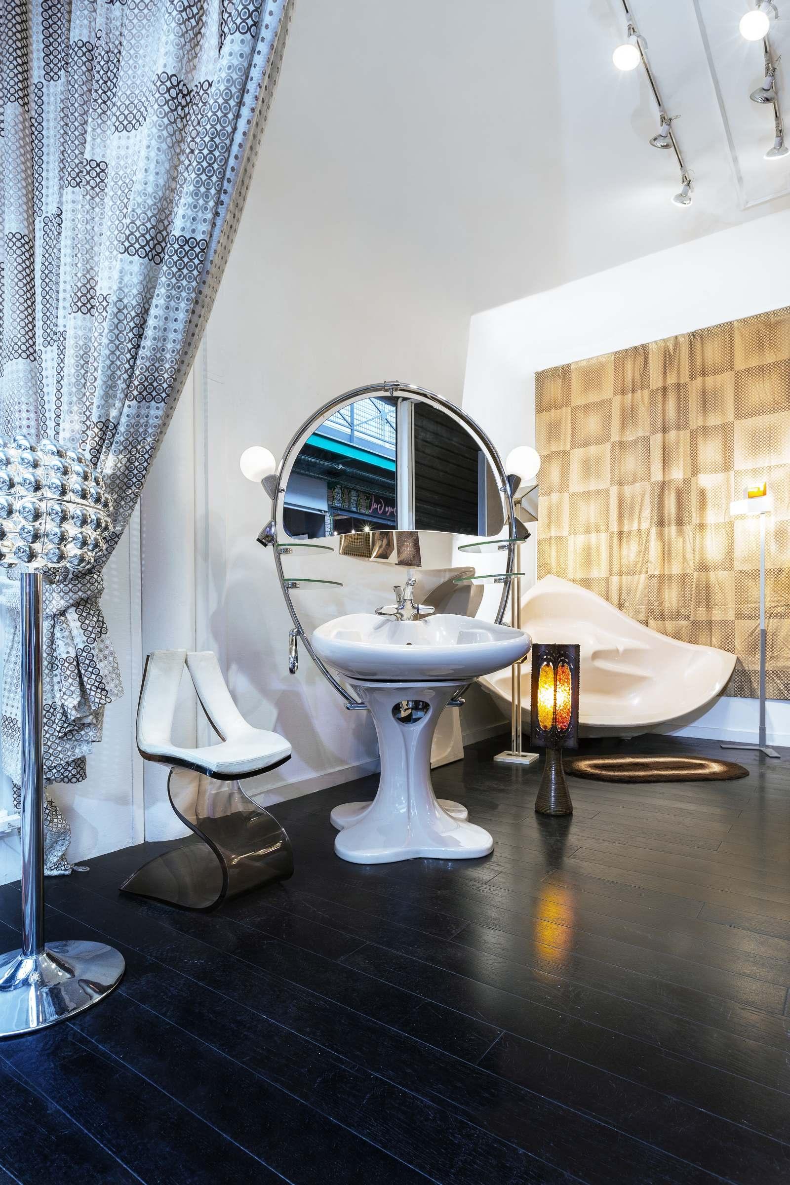 velvet galerie - mobilier design - Quasar Khanh - inflatable ...