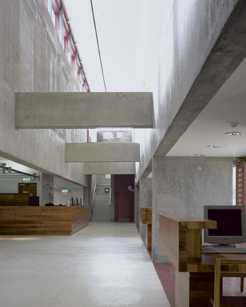 Denzille Lane Cinema and Apartments - Grafton Architects