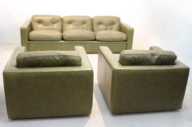 Pair of Lounge Chairs by Poltrona Frau - mooiestukken.nl - Personal ...