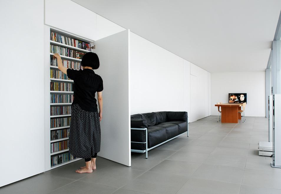 Minimalist House Jonathan Savoie Architecture