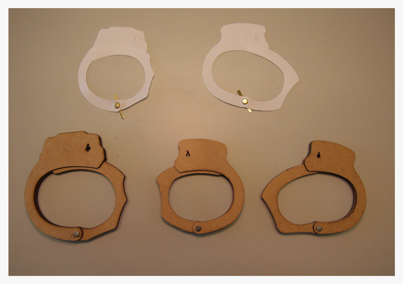 Updating Handcuffs - Industrial Design Portfolio Of Jade -8742