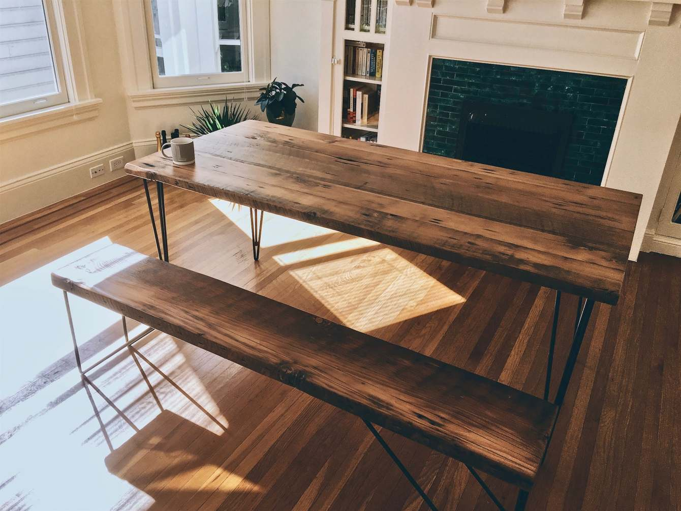 Enjoyable Reclaimed Wood Dining Table Set Ambrose Woodworks Dailytribune Chair Design For Home Dailytribuneorg
